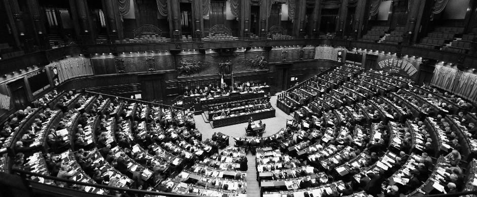 Abolito il finanziamento pubblico ai partiti, libera scelta dei cittadini di dare un contributo