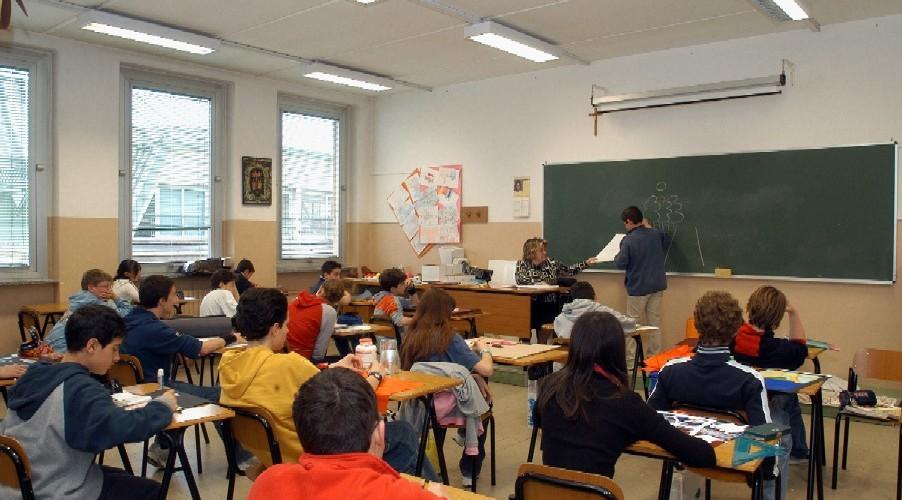 Elezioni: il governo risolva il problema del voto degli studenti italiani all'estero