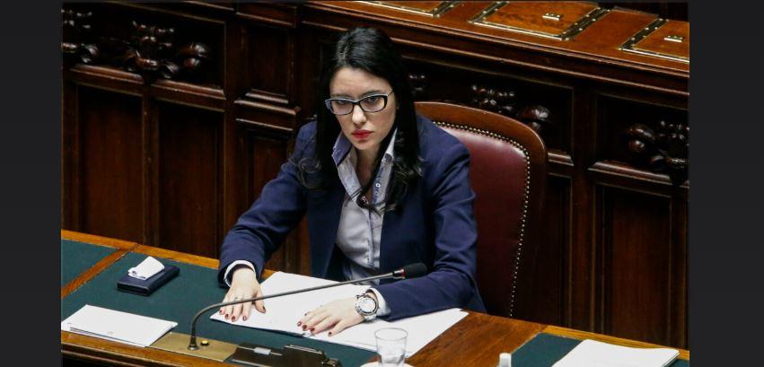 Solidarietà alla Ministra Azzolina