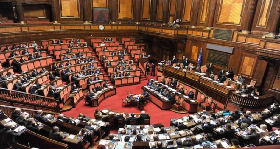 Mozione unanime alla Camera sulla riapertura delle scuole