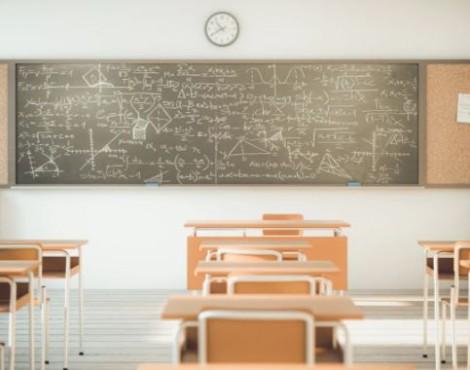 Anticipare vaccini al personale docente e scolastico